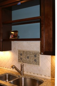 Harbourwood Villa Backsplash Tile